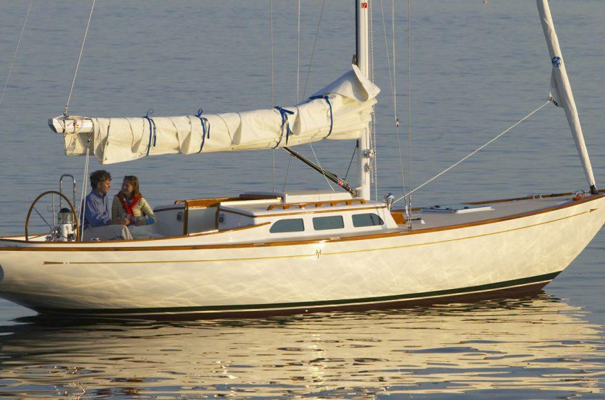 Morris-Yacht-M36-exterior-3