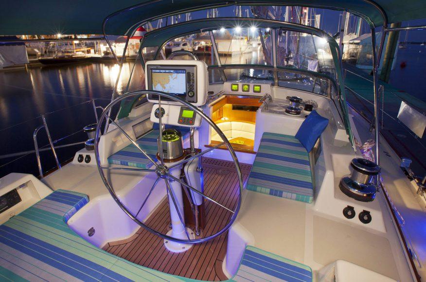 Passport-Yacht-bañera