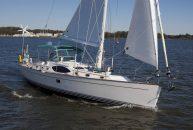 Passport-Yachts-Vista-545-Exterior-2